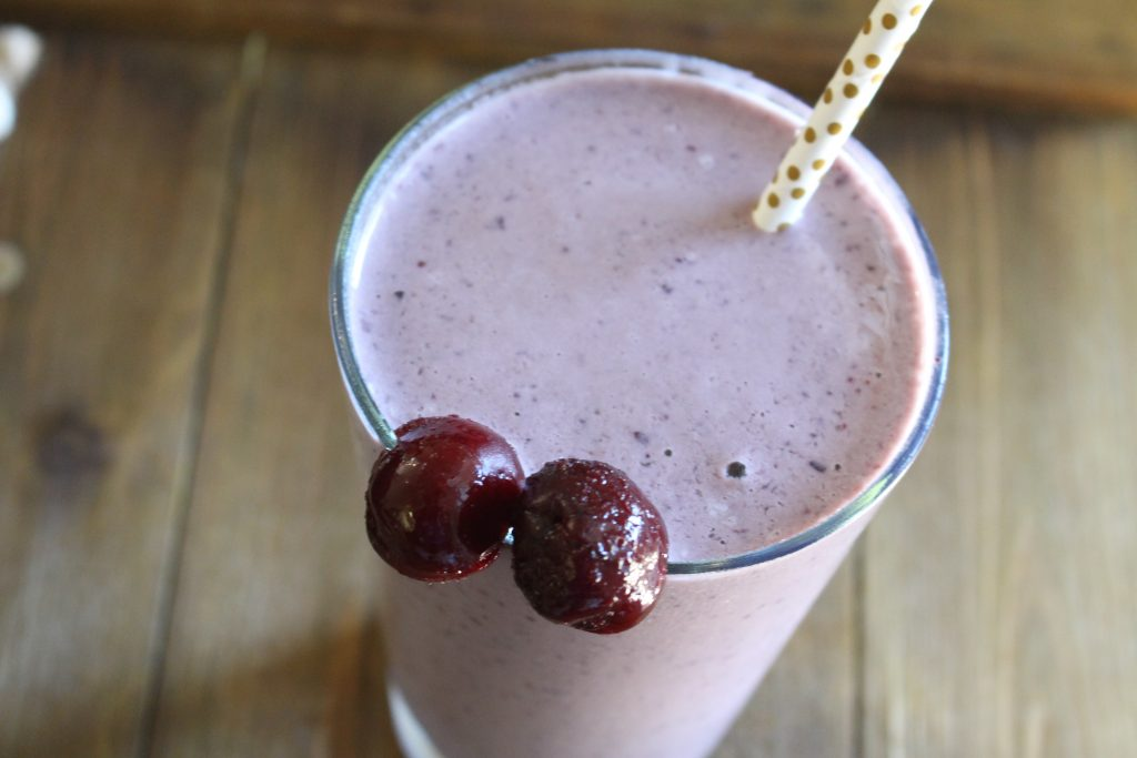 dairy- free Cherry Cheesecake Shake panzaavenue.com/CCheesecake