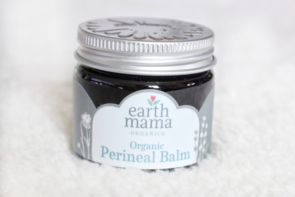 Natural Postpartum care kit ideas. Naturally heal after childbirth with natural, soothing products to help ease pain and discomfort.